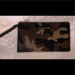 Camouflage Michael Kors Clutch